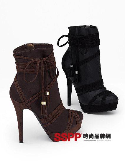 2011秋冬季靴子搭配流行趋势