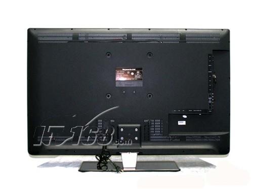 在性能方面,创维42e70rg液晶电视采用全高清ips硬屏和led背光源