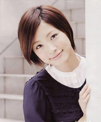 降温又减龄 日本女星经典短发造型大赏:上户彩-日本女星夏日吹起减
