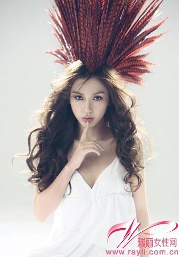 杨颖长发卷发素颜图片